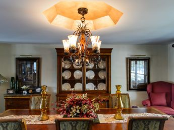 Dining rooms (2)